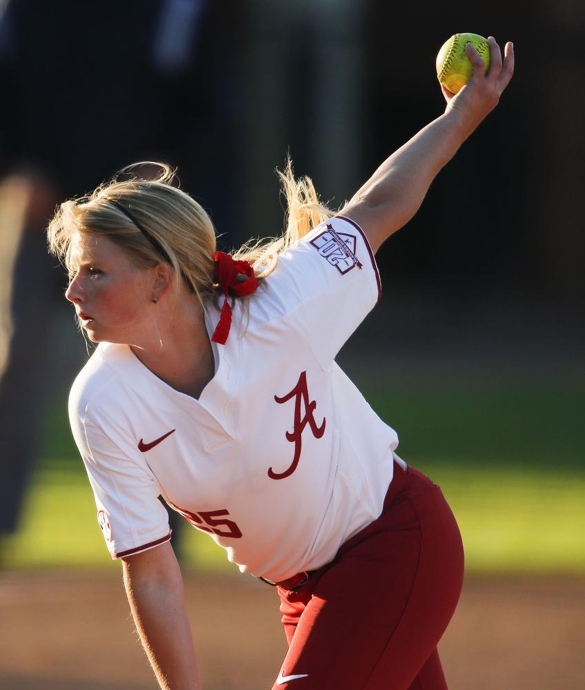 Madi Moore Retires From UA Softball Team